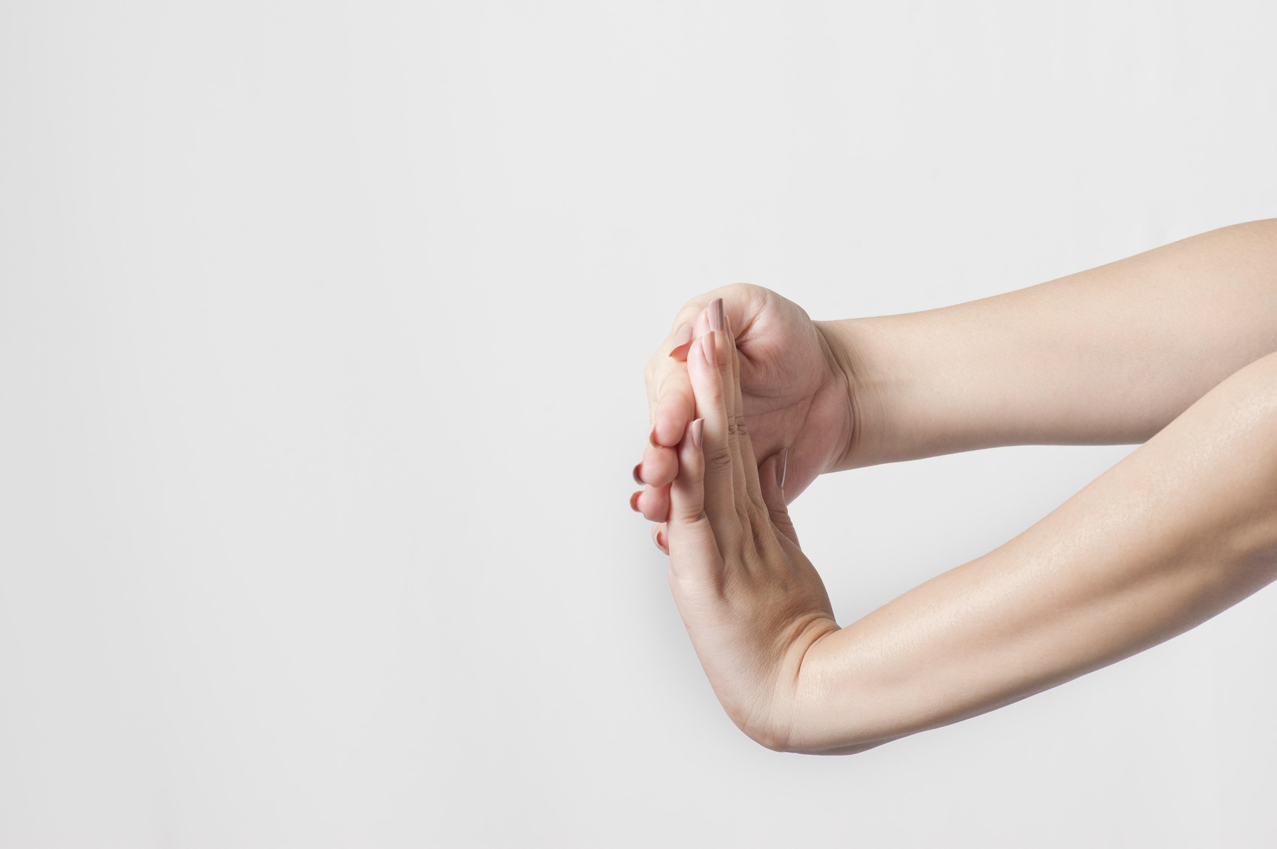 alongamento mãos punhos